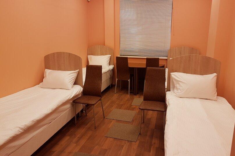 Место в мужском четырехместном номере, 2-я Новоостанкинская улица, 6, Москва - Фотография 1
