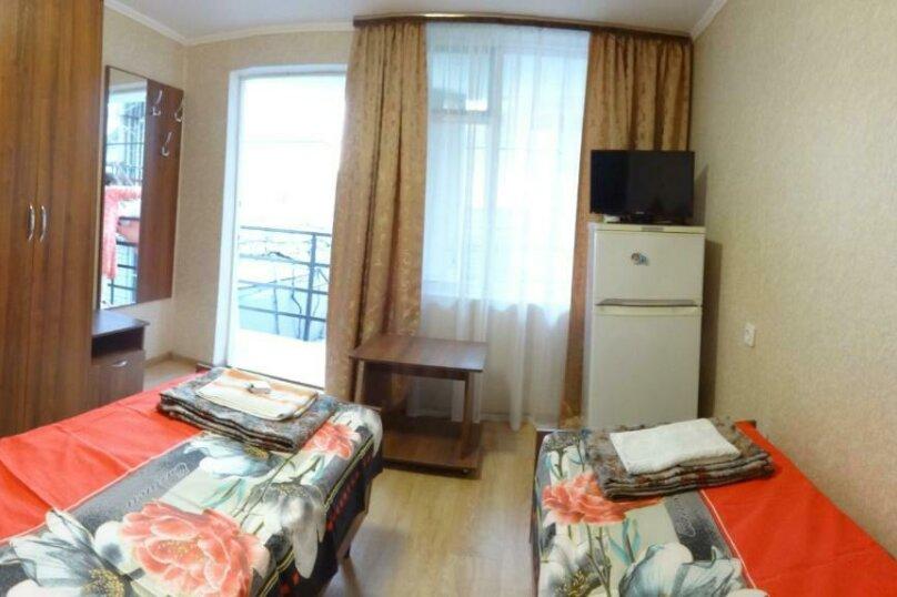 Двухместный номер с 1 кроватью или 2 отдельными кроватями и террасой, Тракторная улица, 9, Витязево - Фотография 9