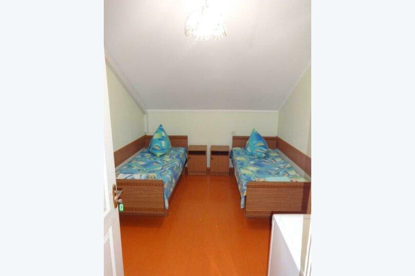 Двухместный номер с 1 кроватью или 2 отдельными кроватями и террасой, Тракторная улица, 9, Витязево - Фотография 1