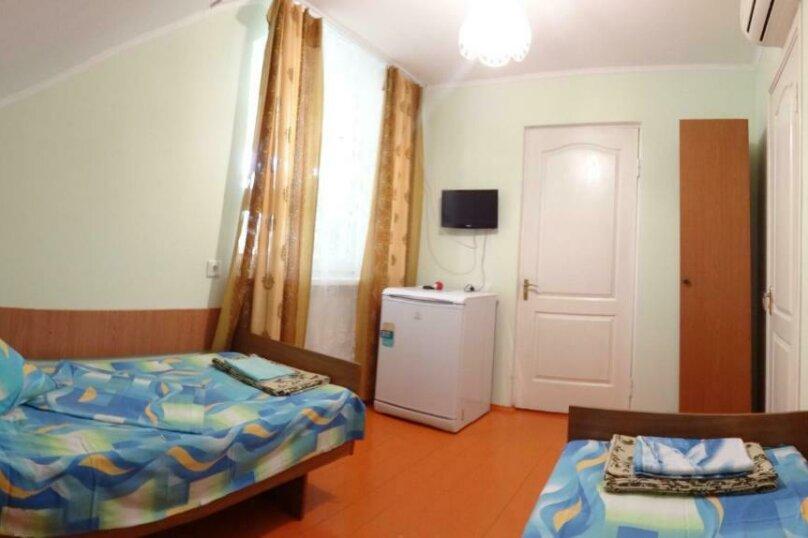 Двухместный номер с 1 кроватью или 2 отдельными кроватями и террасой, Тракторная улица, 9, Витязево - Фотография 12