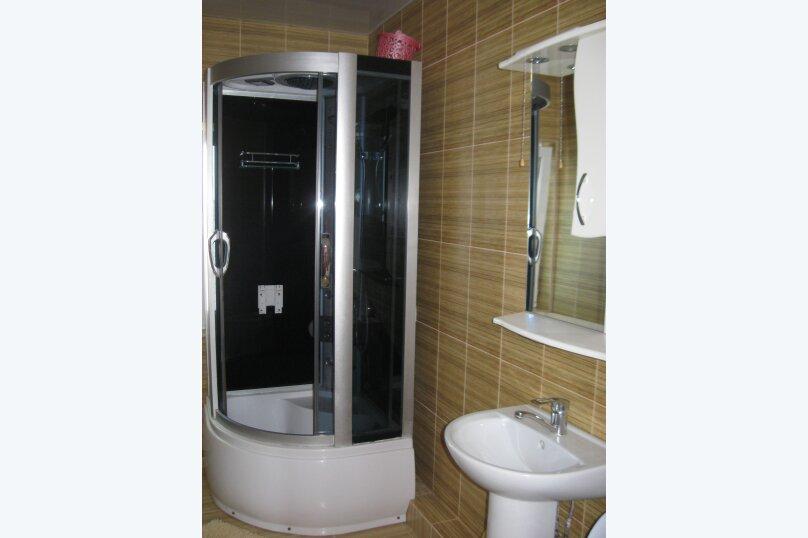 Часть дома с отдельным входом, второй этаж, 40 кв.м. на 4 человека, 1 спальня, улица Саранчева, 13, Алушта - Фотография 5
