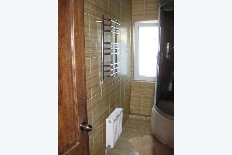 Часть дома с отдельным входом, второй этаж, 40 кв.м. на 4 человека, 1 спальня, улица Саранчева, 13, Алушта - Фотография 6