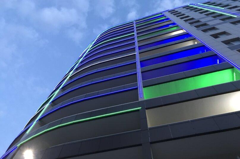 Апартаменты-студио в «ЖК Алмаз», улица Блюхера, 19 на 10 номеров - Фотография 2