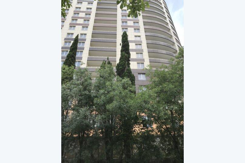 Апартаменты-студио в «ЖК Алмаз», улица Блюхера, 19 на 10 номеров - Фотография 3