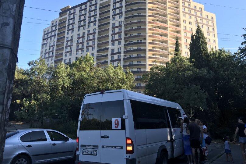 Апартаменты-студио в «ЖК Алмаз», улица Блюхера, 19 на 10 номеров - Фотография 6