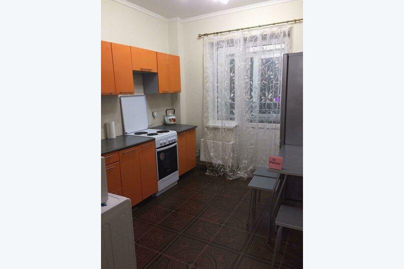 1-комн. квартира, 42 кв.м. на 4 человека, Чистопольская улица, 61Б, Казань - Фотография 1