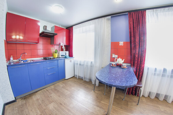1-комн. квартира, 30 кв.м. на 2 человека, улица Рахова, 149/157, Саратов - Фотография 1