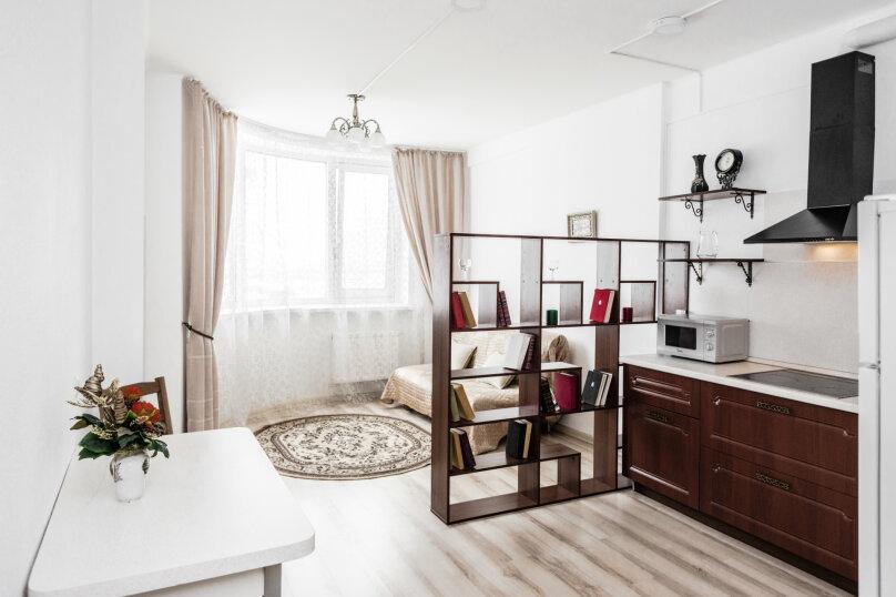 2-комн. квартира, 55 кв.м. на 4 человека, улица Степана Разина, 2, Екатеринбург - Фотография 2