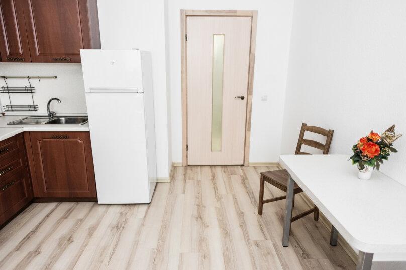 2-комн. квартира, 55 кв.м. на 4 человека, улица Степана Разина, 2, Екатеринбург - Фотография 25