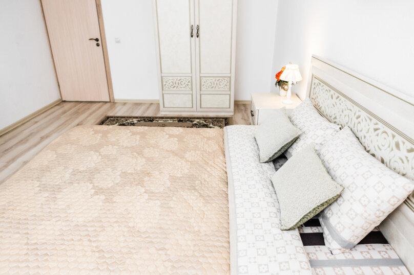 2-комн. квартира, 55 кв.м. на 4 человека, улица Степана Разина, 2, Екатеринбург - Фотография 43