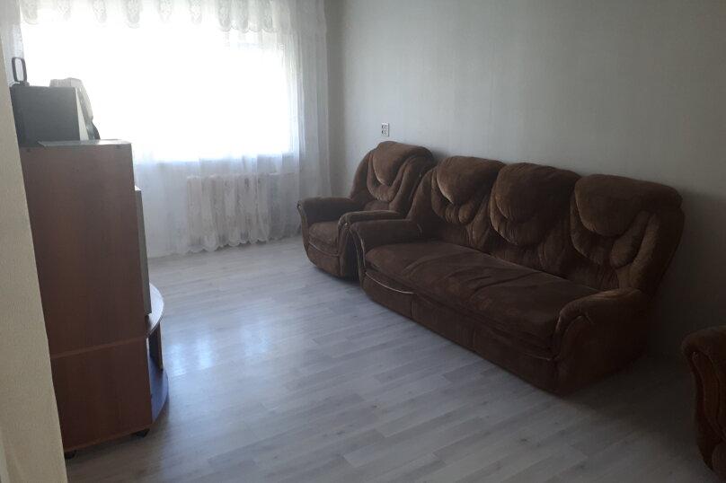 2-комн. квартира, 47 кв.м. на 6 человек, улица имени Н.П. Полетаева, 5, Златоуст - Фотография 6