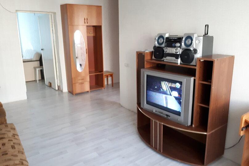 2-комн. квартира, 47 кв.м. на 6 человек, улица имени Н.П. Полетаева, 5, Златоуст - Фотография 8