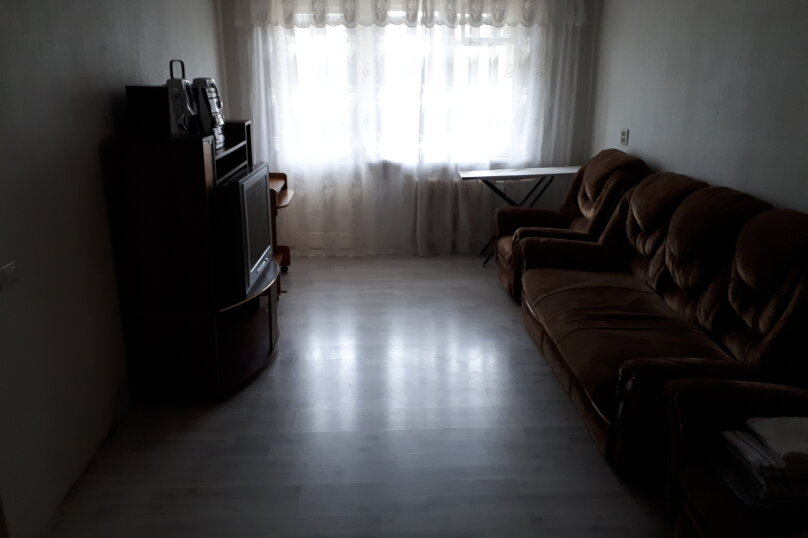2-комн. квартира, 47 кв.м. на 6 человек, улица имени Н.П. Полетаева, 5, Златоуст - Фотография 14