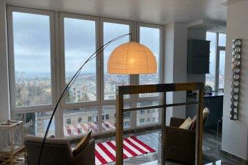 2-комн. квартира, 83 кв.м. на 4 человека, проспект Победы, 44А, Севастополь - Фотография 1