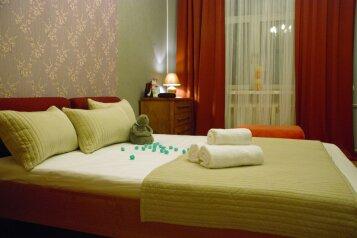 2-комн. квартира, 65 кв.м. на 6 человек, Новинский бульвар, 18с1, Москва - Фотография 1