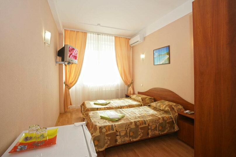 стандарт с 2-мя раздельными кроватями, ул. Щорса, 19, Ялта - Фотография 2