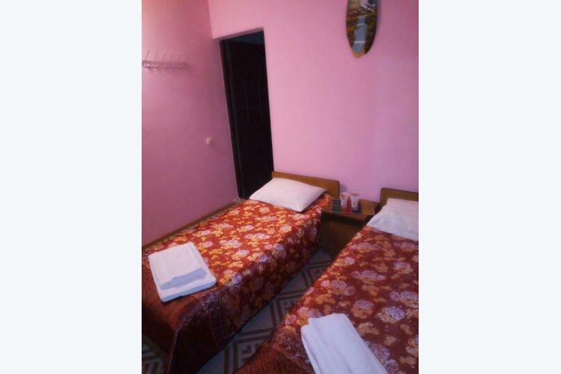 Двухместный номер с 2 отдельными кроватями и душем, улица Просвещения, 95, Адлер - Фотография 7