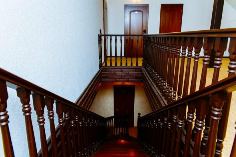 """Отель """"Золотое руно"""", Школьная улица, 4 на 12 номеров - Фотография 4"""