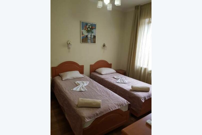 Двуместный номер с двумя отдельными кроватями, Школьная улица, 4, Кабардинка - Фотография 4