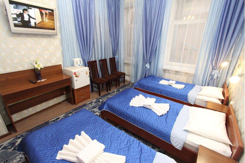 Трехместная комната, Невский проспект, 126/2, Санкт-Петербург - Фотография 3