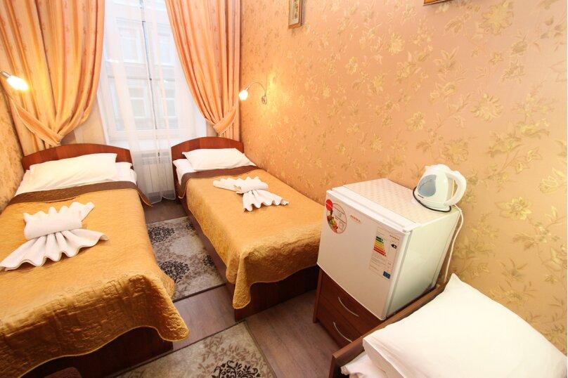 Трехместная комната, Невский проспект, 126/2, Санкт-Петербург - Фотография 9