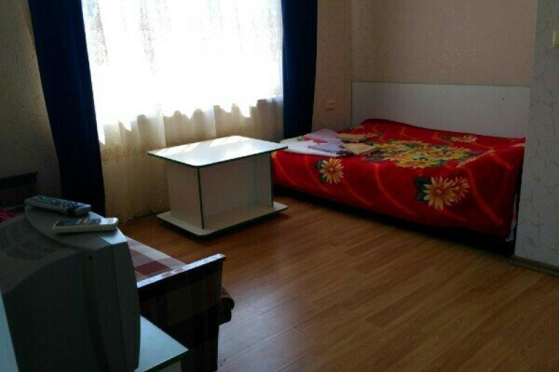 """Гостевой дом """"Хурма"""", Кипарисная улица, 3 на 8 комнат - Фотография 8"""
