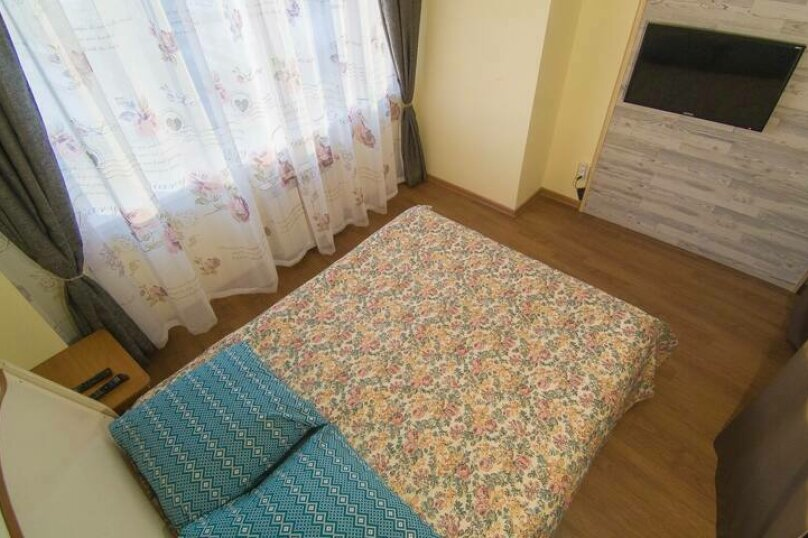 1-комн. квартира, 60 кв.м. на 6 человек, улица Терешковой, 21, Иркутск - Фотография 2