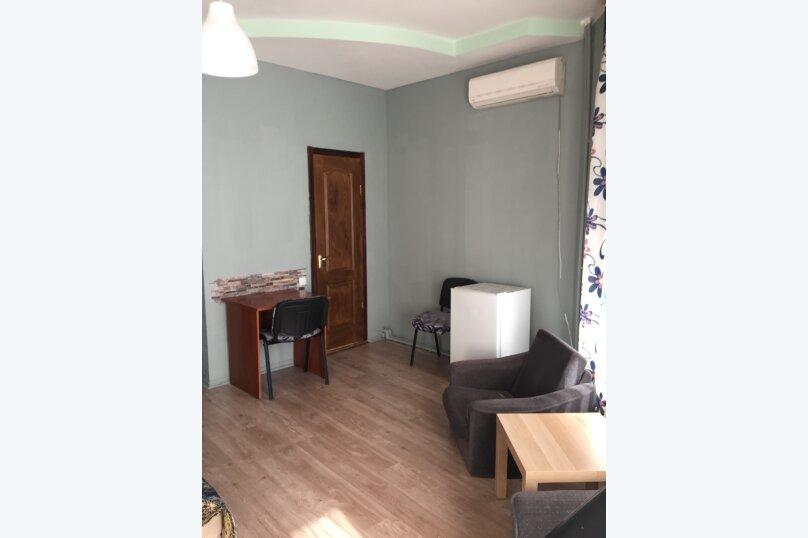 Гостевой дом на Дмитриева, улица Дмитриева, 7 на 8 комнат - Фотография 18