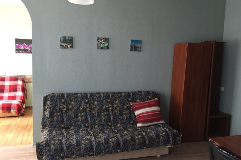 Гостевой дом на Дмитриева, улица Дмитриева, 7 на 8 комнат - Фотография 23