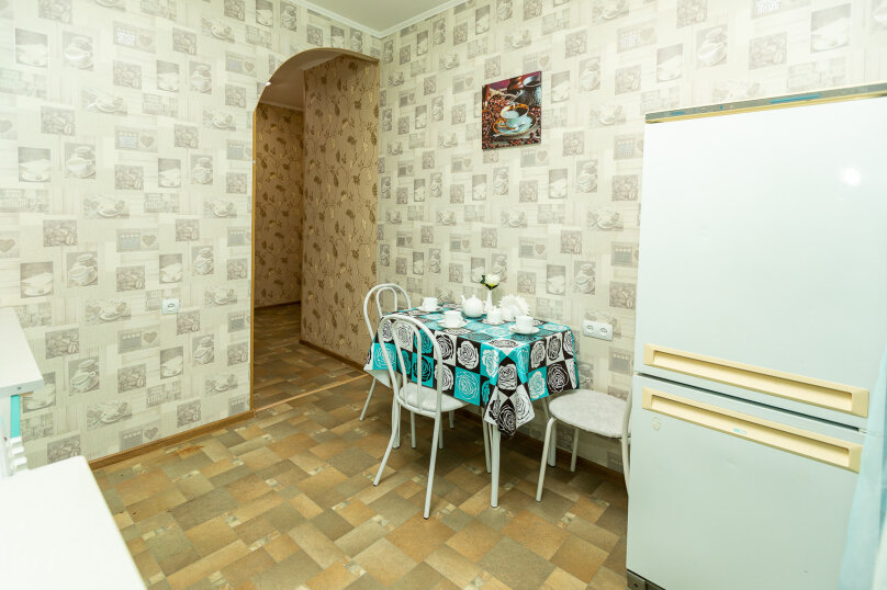 2-комн. квартира, 61 кв.м. на 4 человека, проспект Ленина, 54, Сургут - Фотография 11