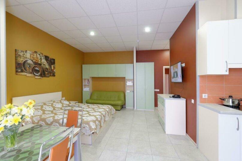 Отдельная комната, улица Ленина, 181А, Адлер - Фотография 1