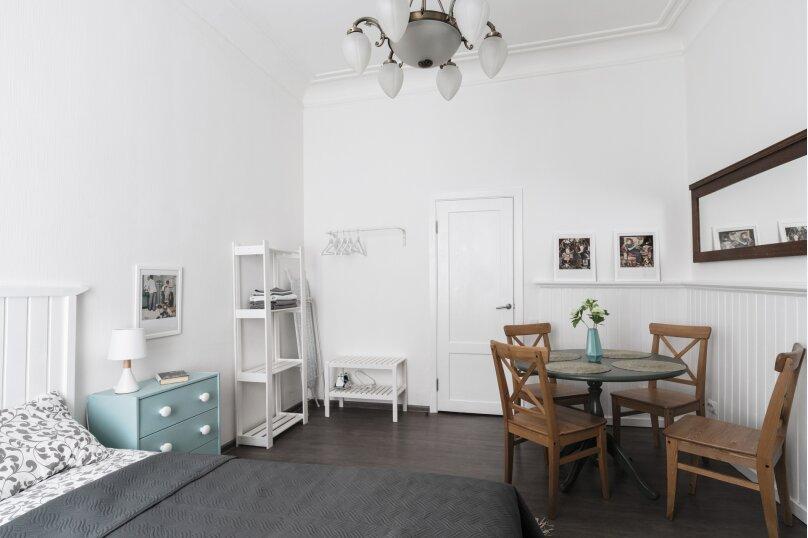 2-комн. квартира, 45 кв.м. на 6 человек, Невский проспект, 74-76, Санкт-Петербург - Фотография 2