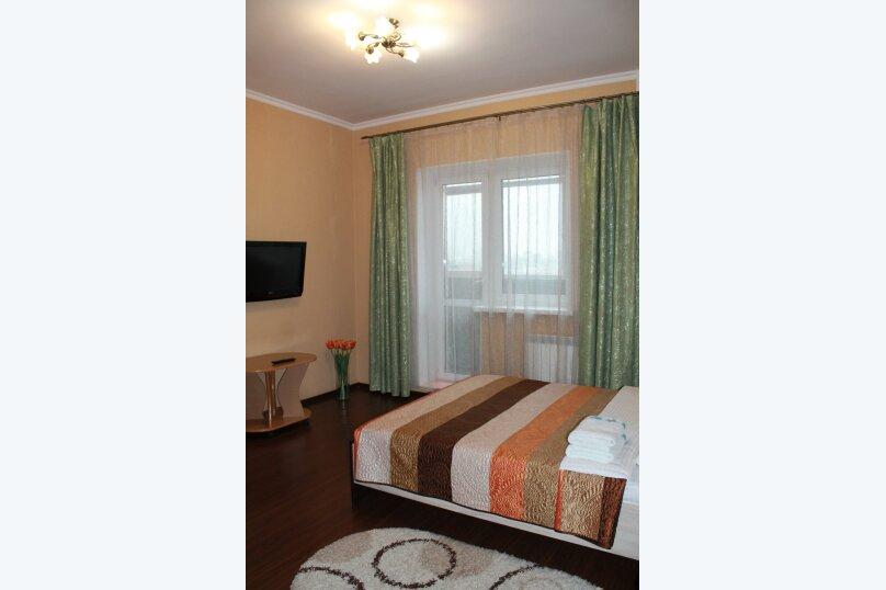 2-комн. квартира, 55 кв.м. на 4 человека, улица Истомина, 22А, Хабаровск - Фотография 3