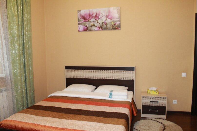 2-комн. квартира, 55 кв.м. на 4 человека, улица Истомина, 22А, Хабаровск - Фотография 4