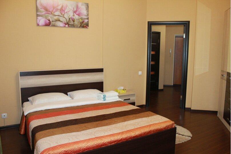 2-комн. квартира, 55 кв.м. на 4 человека, улица Истомина, 22А, Хабаровск - Фотография 5