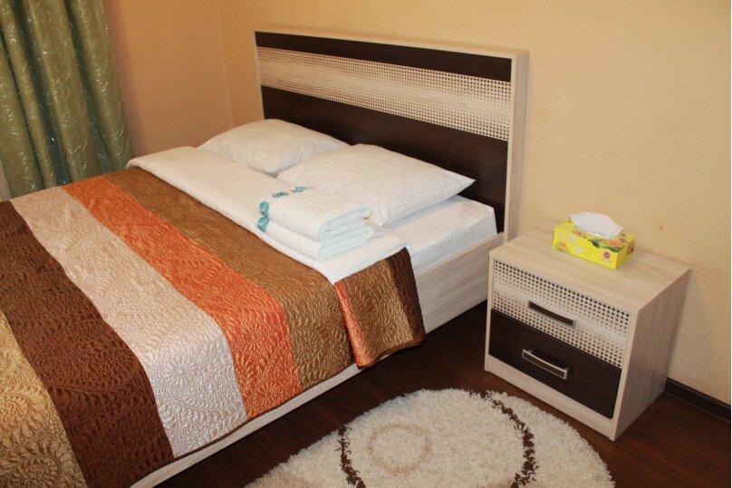 2-комн. квартира, 55 кв.м. на 4 человека, улица Истомина, 22А, Хабаровск - Фотография 6