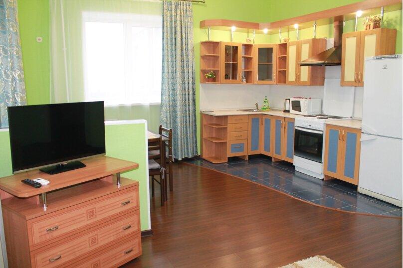 2-комн. квартира, 55 кв.м. на 4 человека, улица Истомина, 22А, Хабаровск - Фотография 7