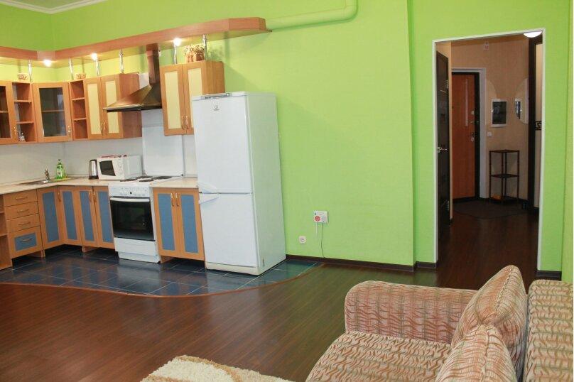 2-комн. квартира, 55 кв.м. на 4 человека, улица Истомина, 22А, Хабаровск - Фотография 11