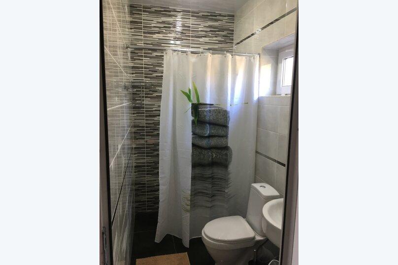 Номер Стандарт, 3-местный (2 основных + 1 доп), 1-комнатный №3, Революционная улица, 124, Кабардинка - Фотография 3