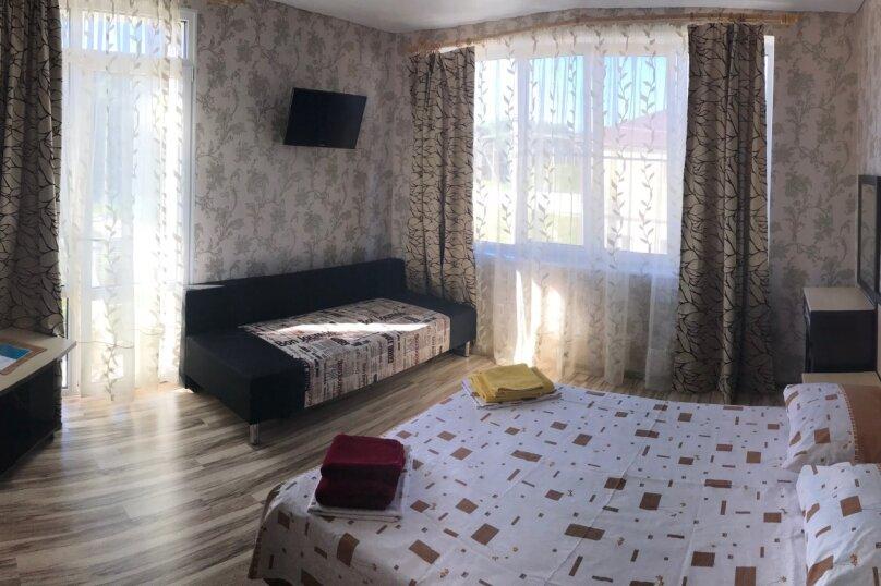 Улучшенный семейный номер, Рекордная улица, 4, село Сукко - Фотография 1