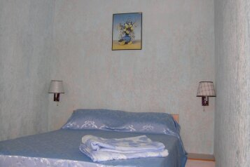 Дом на ул. Пушкина , 50 кв.м. на 3 человека, 2 спальни, улица Пушкина, 64, Евпатория - Фотография 1