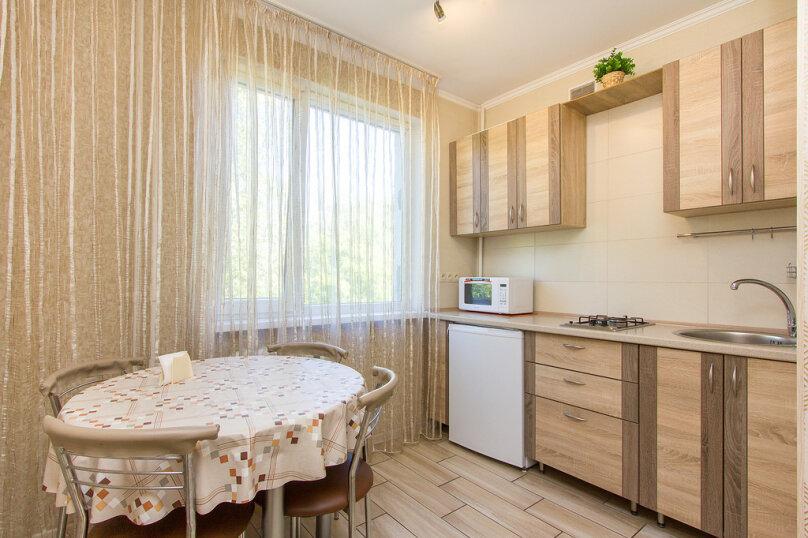 2-комн. квартира, 60 кв.м. на 4 человека, улица Багратиона, 138, Калининград - Фотография 4