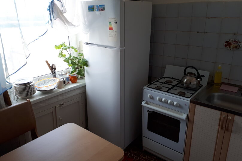 2-комн. квартира, 46 кв.м. на 7 человек, 3-й микрорайон, проспект Гагарина, 2, Златоуст - Фотография 8
