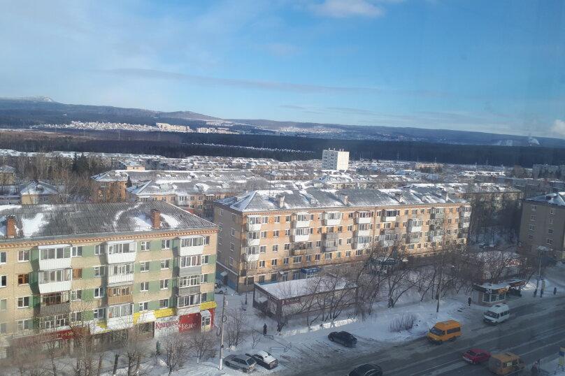 2-комн. квартира, 46 кв.м. на 7 человек, 3-й микрорайон, проспект Гагарина, 2, Златоуст - Фотография 12