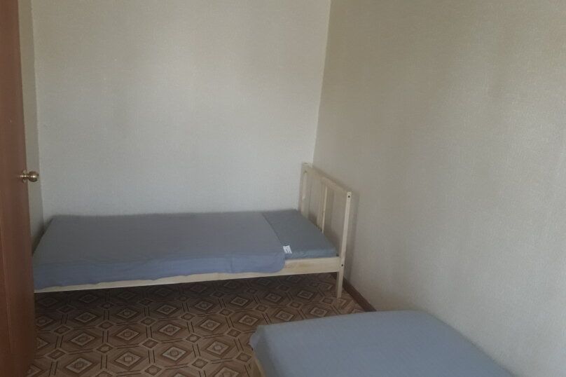 2-комн. квартира, 44 кв.м. на 6 человек, улица Карла Маркса, 37, Златоуст - Фотография 2