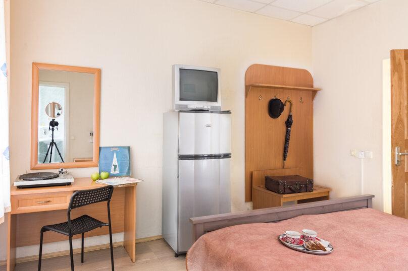 Улучшенный двухместный номер, Благодатная улица, 47, Санкт-Петербург - Фотография 2