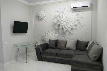3-комн. квартира, 72 кв.м. на 6 человек, Крымская улица, 22к23, Геленджик - Фотография 1
