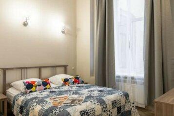 2-комн. квартира, 37 кв.м. на 4 человека, Большой проспект Петроградской стороны, 82, Санкт-Петербург - Фотография 1