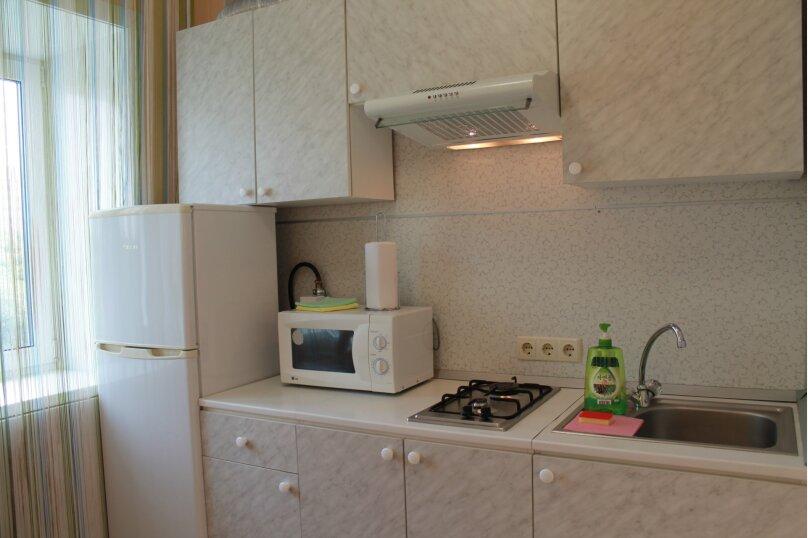 2-комн. квартира, 45 кв.м. на 5 человек, Амурский бульвар, 17, Хабаровск - Фотография 9