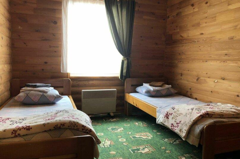 Коттедж, 65 кв.м. на 8 человек, 3 спальни, Речная улица, 12, Байкальск - Фотография 2